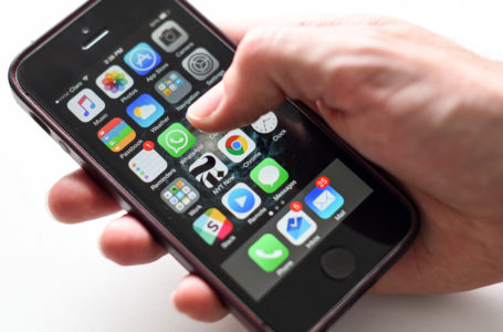 Do Cellphones Cause Brain Cancer or Not?