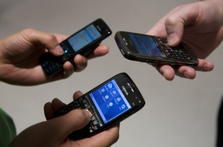TSA to require electronics larger than cellphones be X-rayed