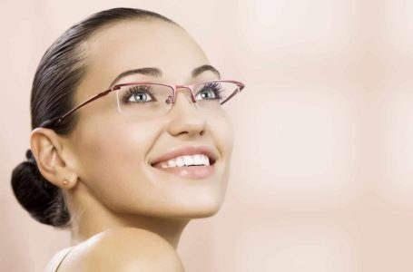 Different Types of Fashionable Eyewear for Women