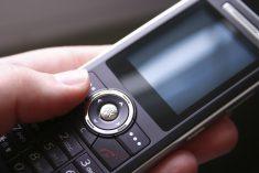 SC lawmaker urges FCC to combat prison cellphones